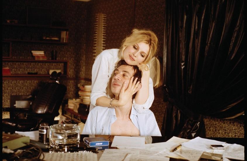 Scandalurile trec, legenda ramane. Serge Gainsbourg.