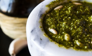 Pesto Genovez: istoria și rețeta celui mai celebru sos italian