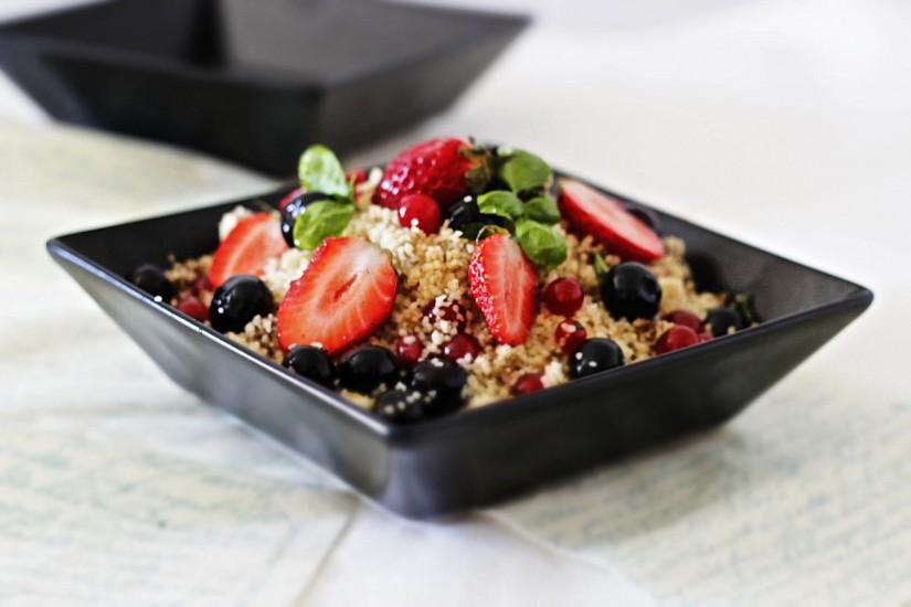 Couscous cu fructe proaspete