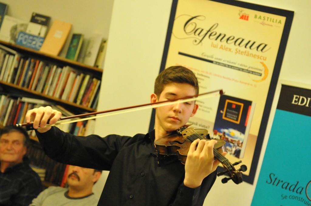 violonist la cafeneaua lui alex stefanescu