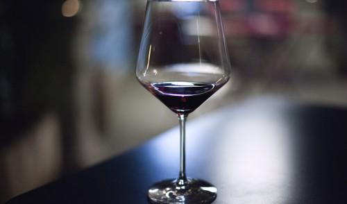 5 citate despre vin pline de intelepciune