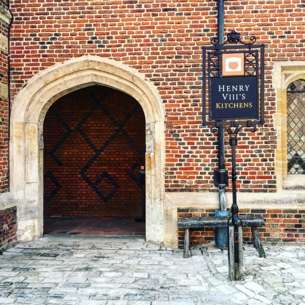Hampton Court Palace Bucataria Tudorilor