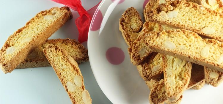 Cantucci sau biscotti cu migdale si portocala