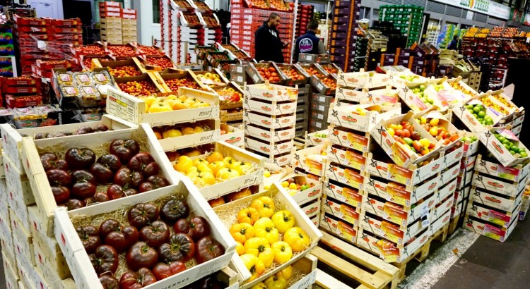 Rungis: cea mai mare piata en gros de produse proaspete din lume
