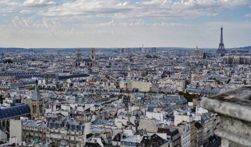 Cu gândul la Paris