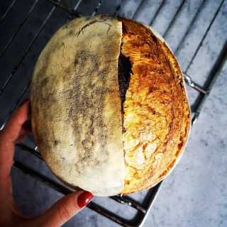 What better way to kick start the week?   #sourdoughlove #sourdoughbread #sourdoughbaking #painaulevain #wildyeastbread #homemadebread #artisanbread #realbread #breadislove #naturallyleavened #instabake #bakersgonnabake #breadmaking #bakeyourownbread #painecumaia #foodphotographer #foodphotography #foodphoto