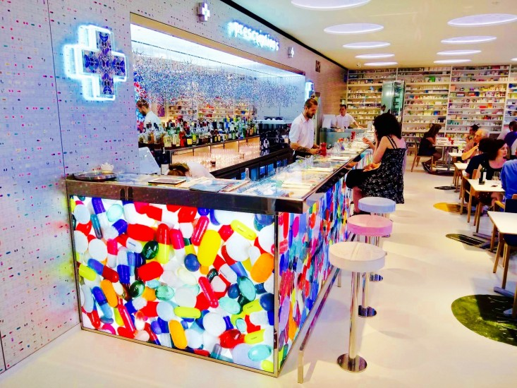 Pharmacy 2: neconventionalul restaurant al lui Damien Hirst