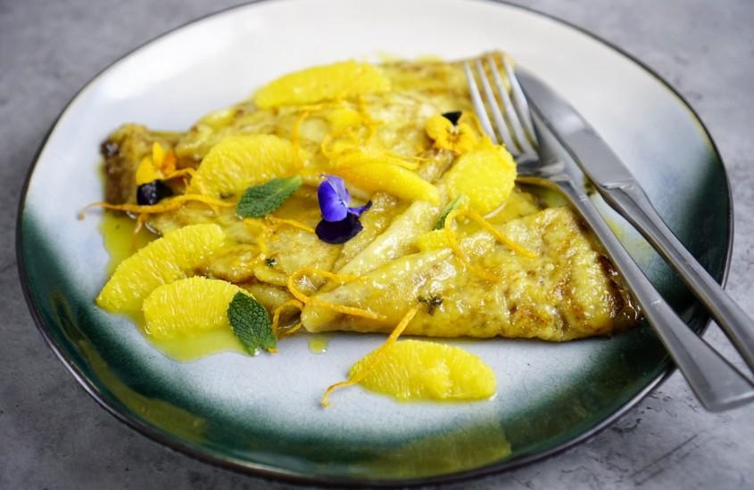 Crepes-Suzette, cele mai celebre clatite frantuzesti
